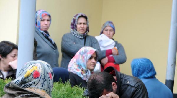 Kayseri'de Cinnet; Eşi Ve 3 Çocuğunu Öldürdü, Oğluyla Birlikte 11. Kattan Atlayıp İntihar Etti (3)