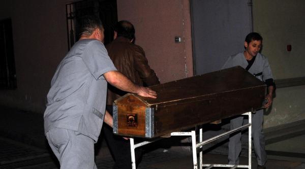 Kayseri'de Cinnet; Eşi Ve 3 Çocuğunu Öldürdü, Oğluyla Birlikte 11. Kattan Atlayıp İntihar Etti (ek Fotoğraflar)