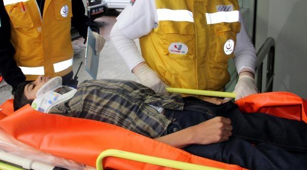 Kayseri'de Deniz Gezmiş Anmasında Kavga: 4 Yaralı, 11 Gözaltı