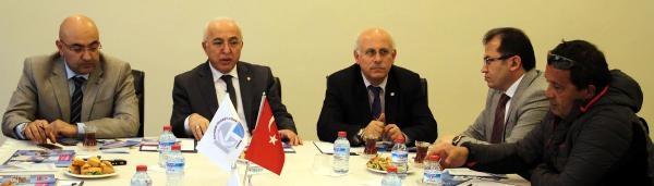 Kayseri'de 'erciyes'te Turizm' Çaliştayi