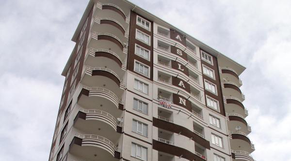 Kayseri'de Evde Çikan Yangında, 6 Kişi Dumandan Zehirlendi