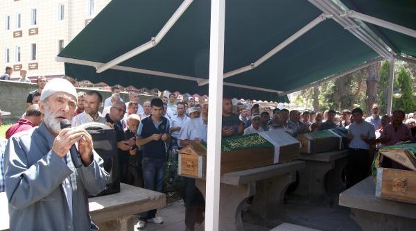 Kayseri'de Gazze'de Ölenler İçin Gıyabi Cenaze Namazı