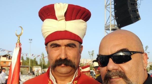 Kayseri'de Hacivat- Karagözlü Ramazan Geceleri