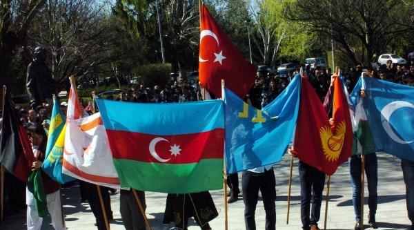 Kayseri'de Nevruz Ateşi Yakıldı