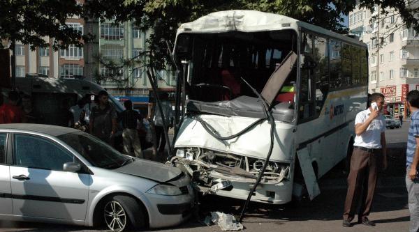 Kayseri'de Trafik Kazası: 1 Ölü, 7 Yaralı