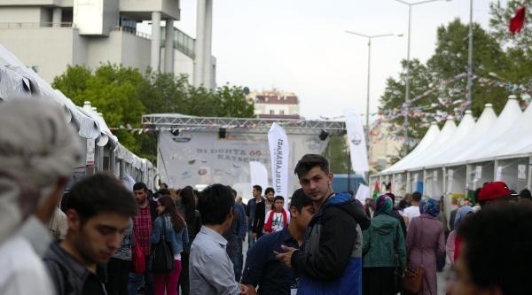 Kayseri'de Yabancı Öğrenciler Ülkelerini Tanıttı