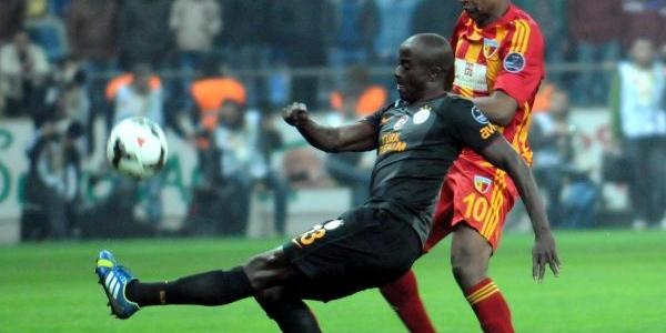 Kayserispor-Galatasaray Maçi Ek Fotoğraflari