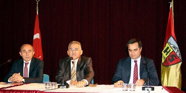 Kayserispor'un Başkanliğina Giyabinda Mamur Getirildi