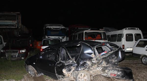 Kazada Ağır Yaralanan Kadın Hayata Tutunamadı