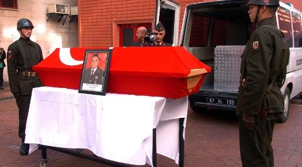 Kazada Ölen Başçavuş Için Hüzünlü Tören