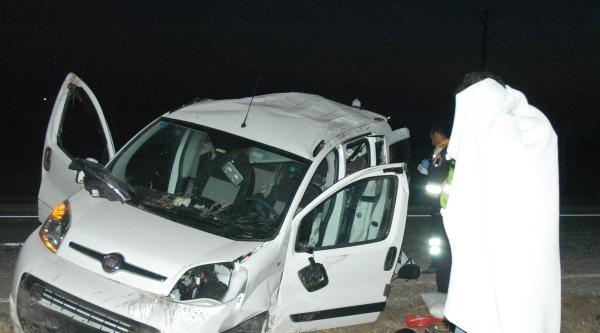 Kazada Yaralandı, Tanımamak İçin Battaniye İle Yüzünü Kapattı