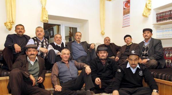 Kazan'da Köy Odaları Kültür Odalarına Dönüşüyor