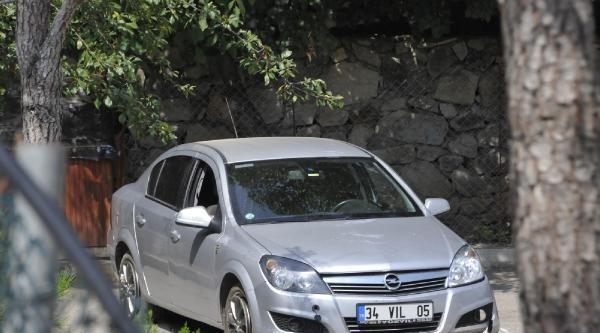 Kefken Sahilindeki Otomobilde Kadın Ve Erkek Cesedi (2)