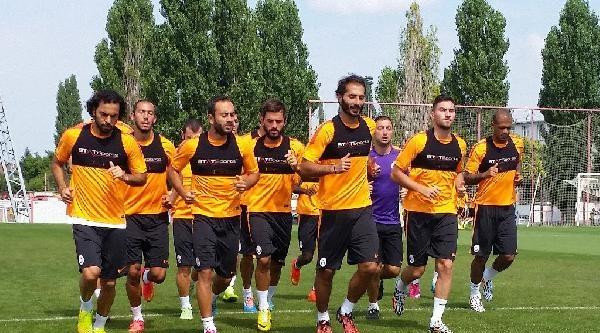 Keita Ve Youla'dan Galatasaray Kampına Ziyaret
