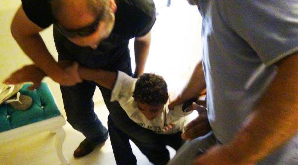 Kelepçelenen Çocuğun Hırsız Olmadığı Karakolda Ortaya Çikti