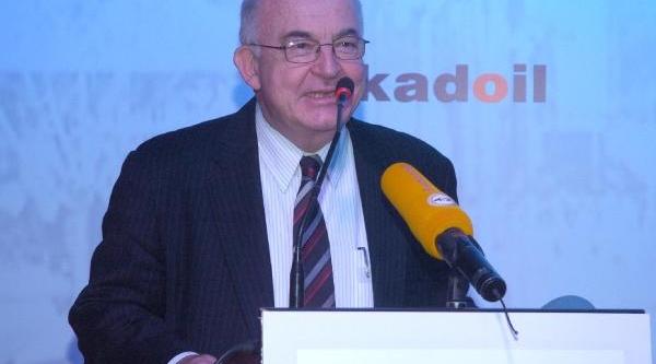 Kemal Derviş: Türkiye Dünyada Gelişen Başarili Ülkeler Arasinda