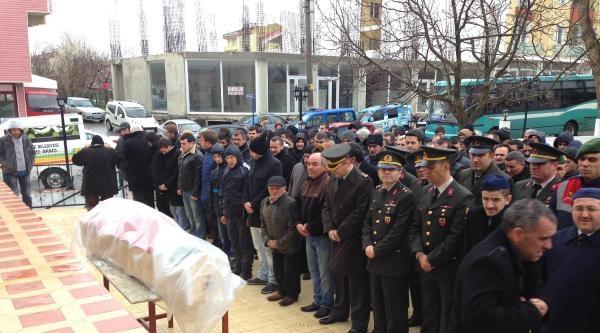 Kendini Vuran Asker Tekirdağ'da Toprağa Verildi