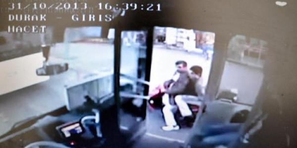 Kendisinden Yol Isteyen Otobüs Şoförünü Tartakladi