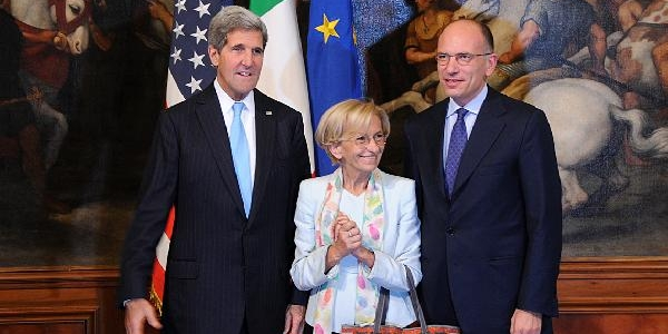 Kerry, Roma'Da Italya Başbakani Ve Dişişleri Bakani Ile Görüştü
