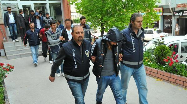 Keşan'da Cinsel İçerikli Şantaj Çetesine Operasyon: 8 Gözaltı
