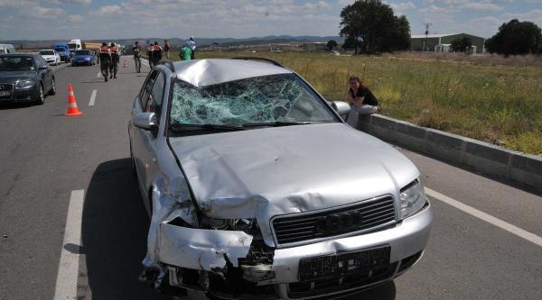 Keşan'da Otomobilin Çarptiği Motosikletli Öldü