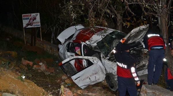 Keşan'da Trafik Kazasi: 1 Ölü, 4 Yarali