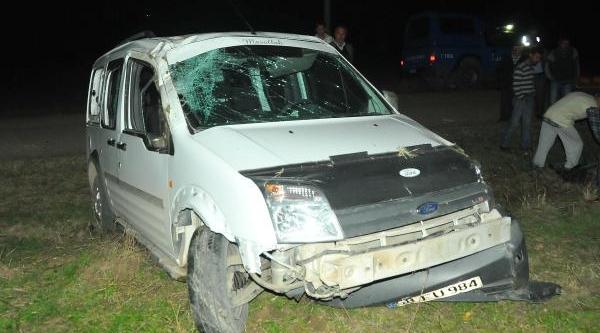 Keşan'da Trafik Kazasi: 3 Yarali