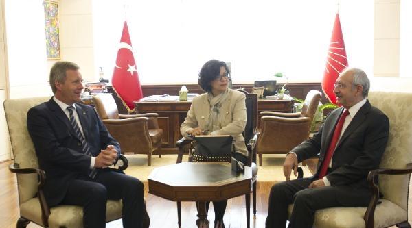 Kılıçdaroğlu, Almanya Eski Cumhurbaşkanı Wulff İle Görüştü