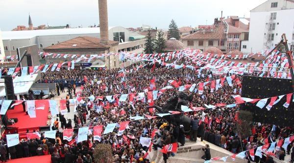 Kılıçdaroğlu: Berkin İçin Gözünden Bir Damla Yaş Düştü Mü?- Ek Fotoğraf
