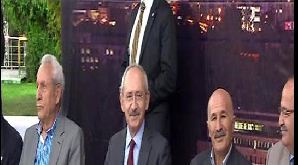 Kılıçdaroğlu, Din Adamları Ve Gazetecilerle Bir Araya Geldi