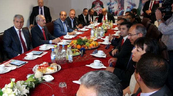Kılıçdaroğlu, Köln'de Avrupa Alevi Birlikleri Konfederasyonu'nu Ziyaret Etti