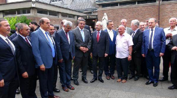 Kılıçdaroğlu, Köln'de Süryani Kilisesi'ni Ziyaret Etti