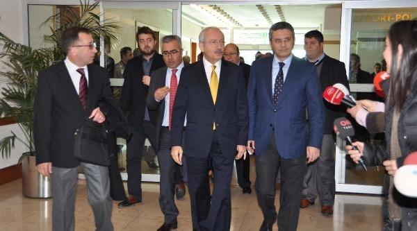 Kiliçdaroğlu: Yargicin Yakasinda Parti Rozeti Olmaz
