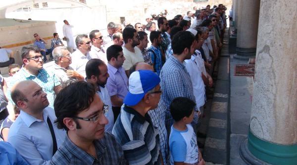 Kilis'te Filistinliler İçin Gıyabi Cenaze Namazı Kılındı