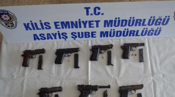 Kilis'te Ruhsatsız Tabanca Operasyonu: 2 Gözaltı
