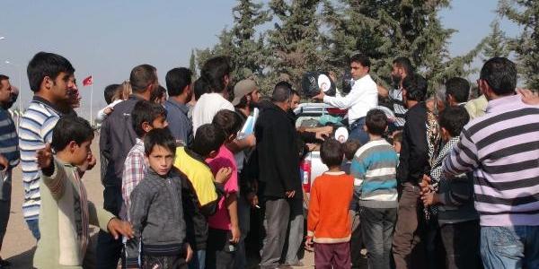 Kilis'te Suriyelilere Yardim