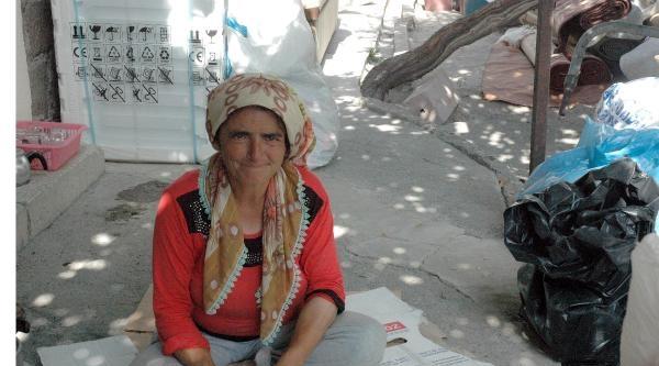 Kirasını Ödeyemeyen Asker Annesi Sokağa Atıldı
