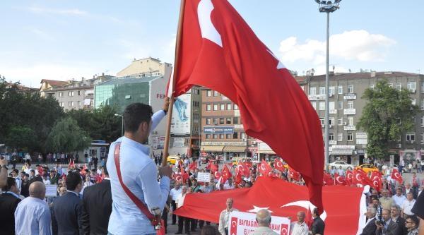 Kırıkkale'de Bayrak Eylemi