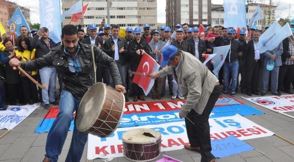 Kırıkkale'de Davul- Zurna Eşliğinde Halaylı 1 Mayıs