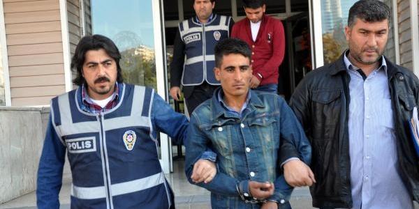 Kirikkale'de Dolandirdilar, Ankara'da Yakalandilar