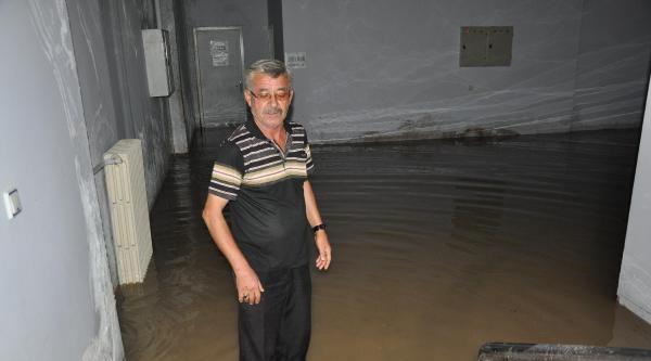 Kırıkkale'de Sağanak Etkili Oldu