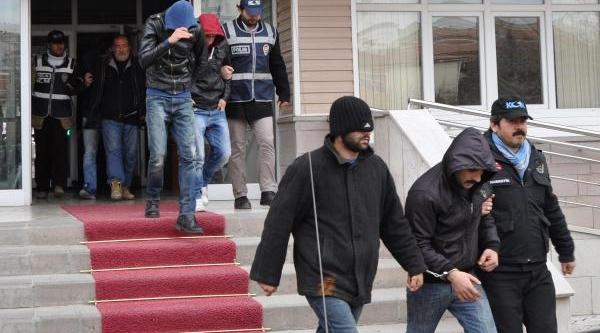 Kirikkale'de Uyuşturucu Operasyonu: 20 Gözalti