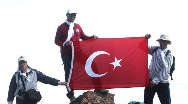 Kırıkkaleli Dağcılar Hasan Dağı Zirvesinde