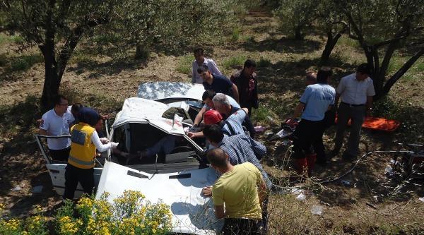 Kırkağaç'ta Kaza: 1 Ölü, 2 Yaralı