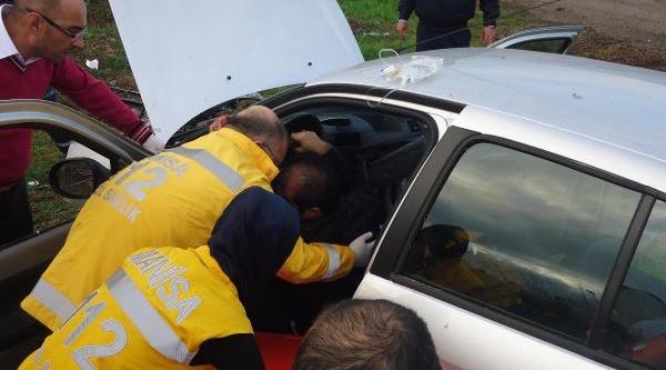 Kirkağaç'Ta Kaza: 1 Ölü, 4 Yarali