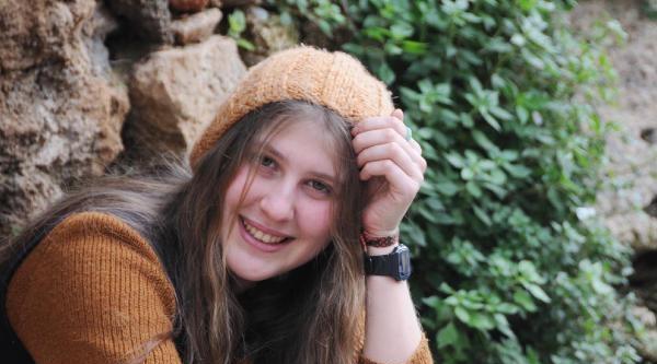 'kırmızı Fularlı Kız'a 5 Yıl Hapis İstendi