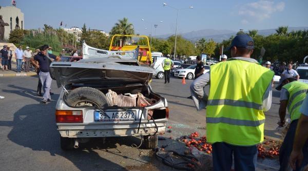 Kırmızı Işik İhlali Yapan Tır Otomobile Çarpti: Bir Ağır Yaralı