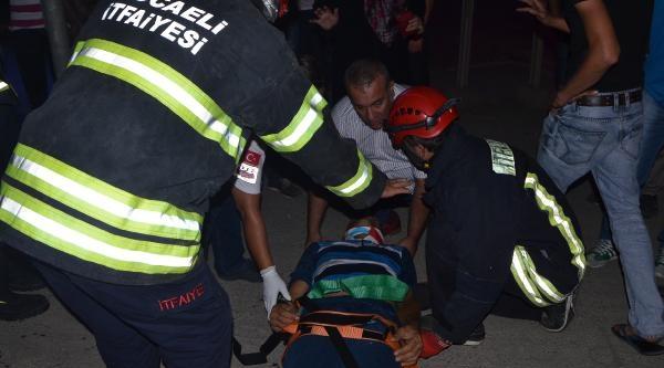 Kırmızı Işikta Kaza: 1'i Çocuk 3 Yaralı