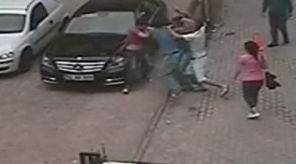 Kız Arkadaşının Yanında 6 Kişi Tarafından Dövüldü