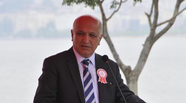 Kızılay Genel Başkanı Akar: Türkiye'de Şu Anda Kan Fazlası Var